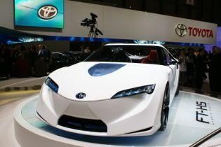 Toyota звітує про перші збитки за весь час існування компанії
