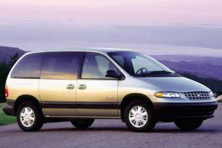 Chrysler повністю зупинить виробництво машин