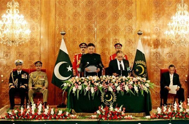Мушарраф скасує надзвичайний стан