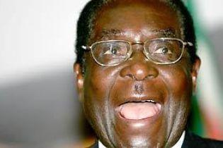 Президента Зимбабве освистал парламент