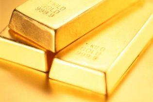 Швейцарія продає золото