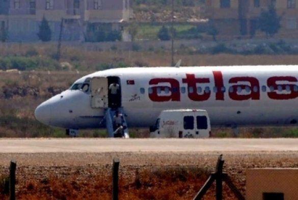 Літак захопили турок і сирієць