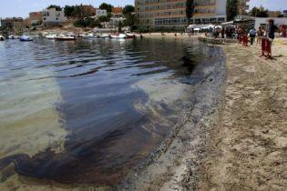 """Из-за шторма """"Алекс"""" ликвидация утечки нефти в США приостановлена"""