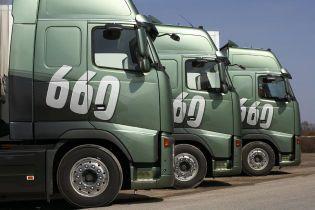 Вантажні авто заблокували в'їзд до Львова
