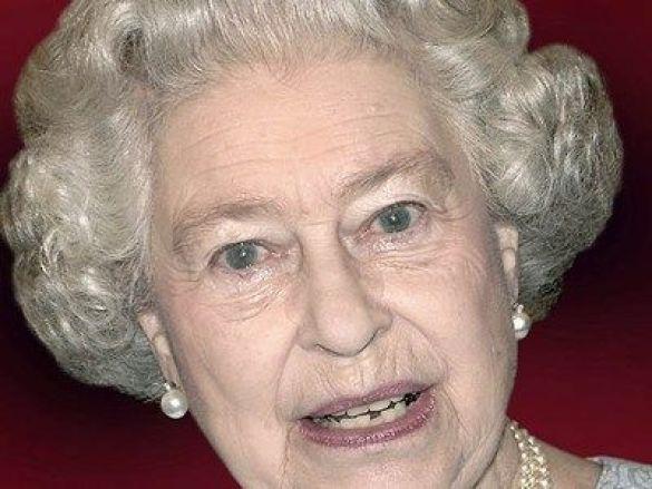 Королева Єлизавета (Фото: ginogalea.com)