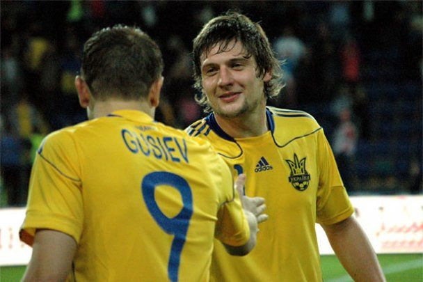 Алиев и Шевченко разгромили Литву