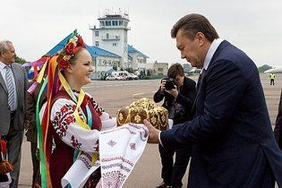 Политолог: во Львове Янукович победил свои фобии