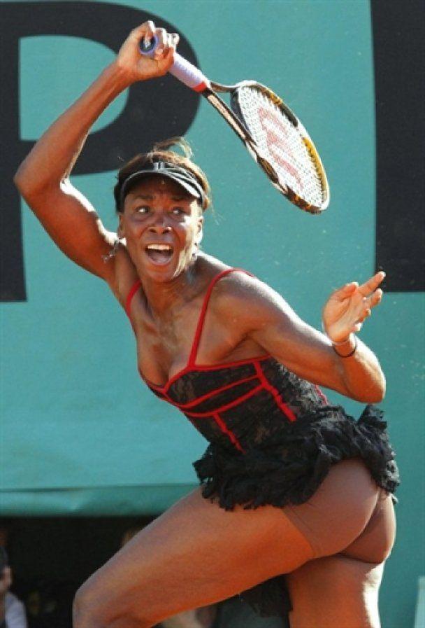 Венус Вільямс шокувала Roland Garros своїм платтям