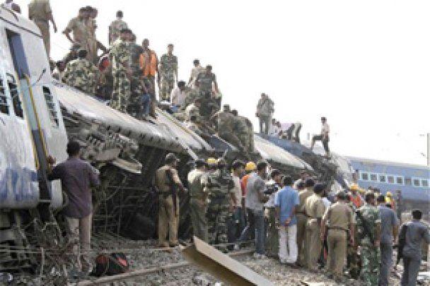 Кількість жертв теракту на залізниці в Індії збільшилася до 90 людей