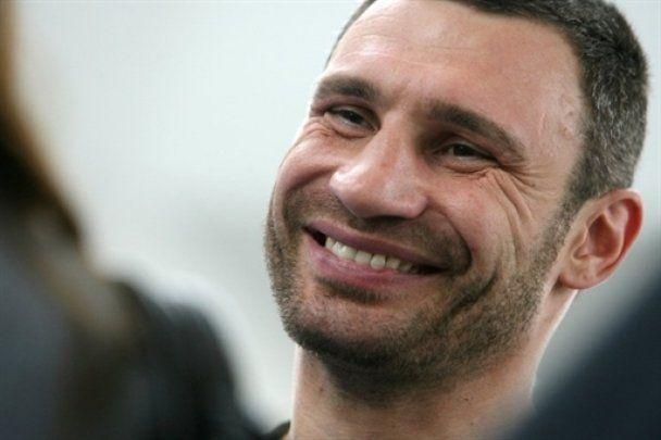 Кличко і Сосновськи провели відкрите тренування