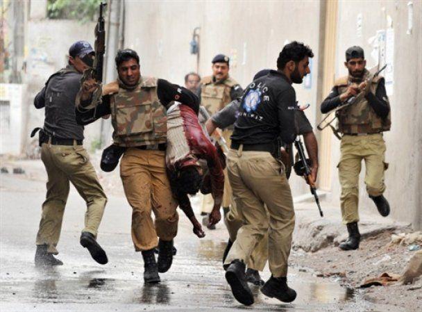 Спецназ зайняв обидві мечеті, захоплені в Лахорі