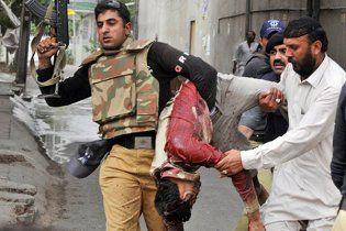 У Пакистані бойовики напали на лікарню