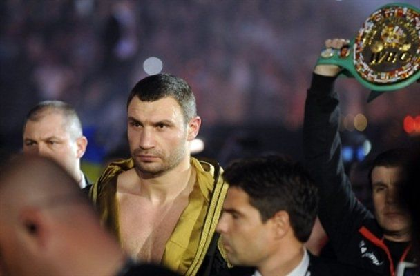 Віталій Кличко переміг Сосновського нокаутом (відео)