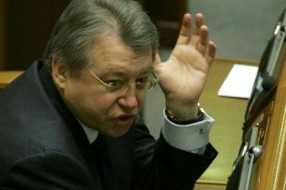 Черкаський губернатор тягне священиків до списку Партії регіонів