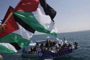 Ізраїльські військові катери атакували гуманітарний караван, який йшов у Газу
