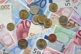 Курс євро упав до рекордного мінімуму