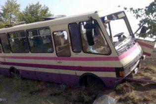 В Крыму автобус попал в ДТП: 1 погибший и 6 раненых