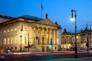 Пьяные дипломаты из России устроили разгром в Берлине