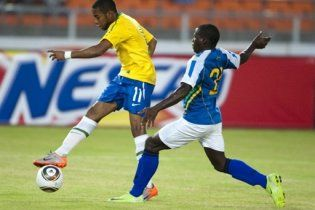Перед стартом чемпіонату світу Бразилія розім'ялась на Танзанії (відео)