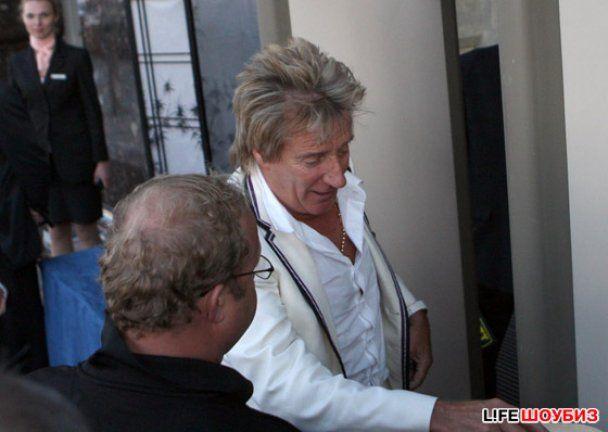 Род Стюарт не поділив готельний номер із учасниками Guns N 'Roses
