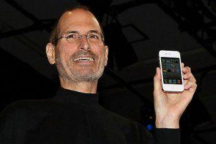 Розроблений Стівом Джобсом iPhone5 вийде в 2012 році