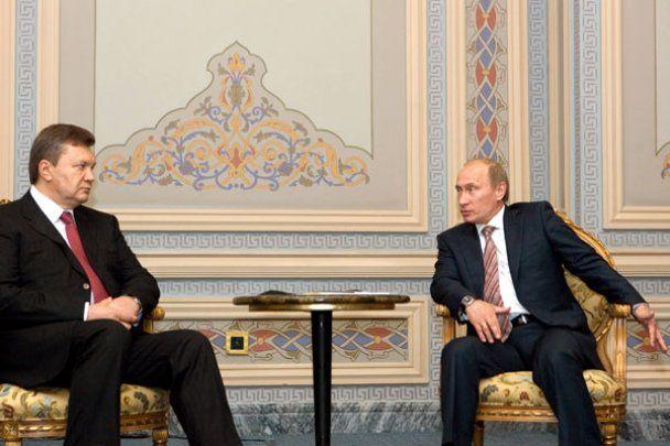 В Стамбуле Янукович встретился с Путиным