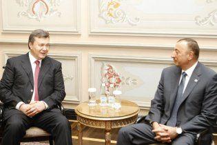"""Президент Азербайджану їде до Януковича з розмовою """"віч-на віч"""""""