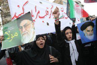 """Иран обвинил Москву в предательстве и провозгласил """"Смерть России!"""""""