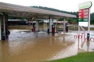 Количество жертв наводнения в Арканзасе достигло 18 человек