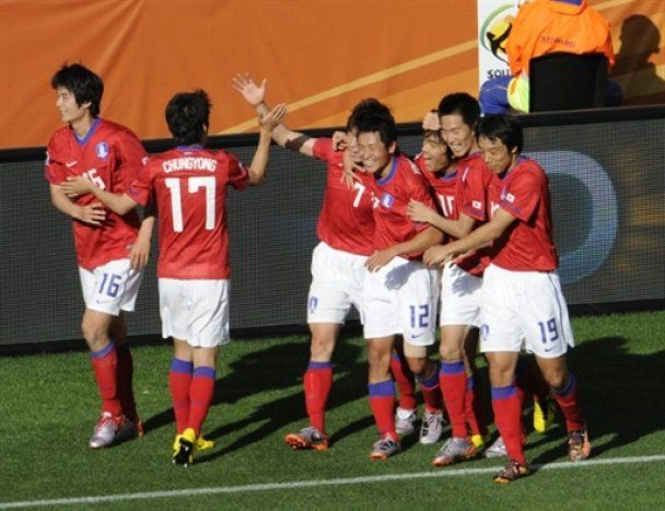 ЧС-2010. Південна Корея впевнено перемогла Грецію (відео)
