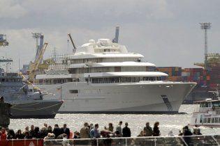 Абрамовичу не понравилась новая яхта за полмиллиарда долларов