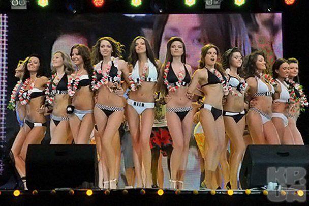 """Міс Донбас OPEN - 2010""  стала 19-річна Ірина Северина"