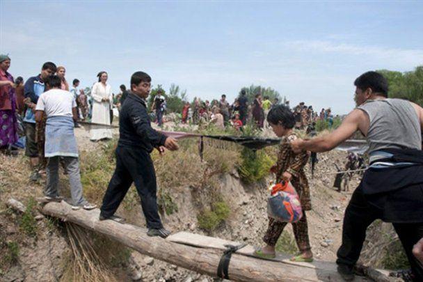 Кровавые столкновения в Киргизстане