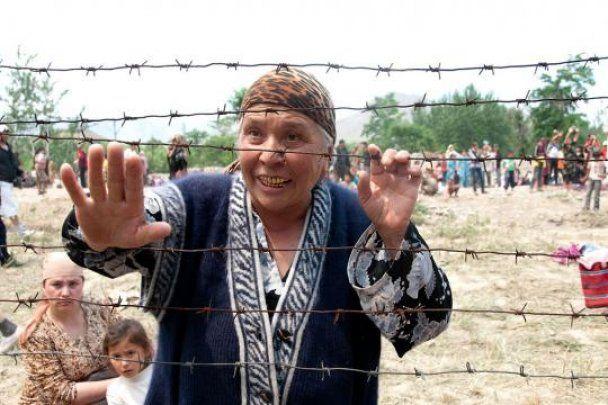 Очевидцы бойни в Киргизии: с машин без номеров расстреливали всех без разбора