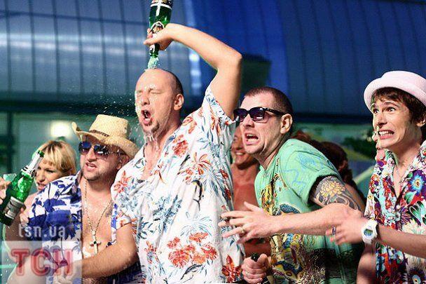 Потап влаштував у Києві пляжну вечірку