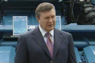 Янукович планує місцеві вибори після збору врожаю й за новою системою