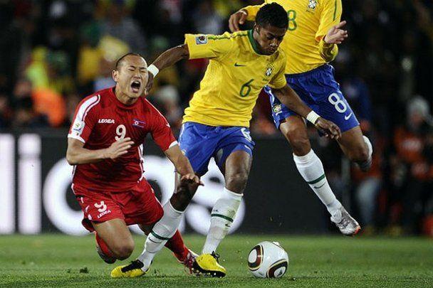 Бразилія вистраждала перемогу над КНДР (відео)