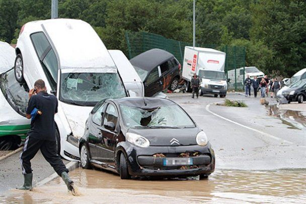 Разрушительное наводнение на юге Франции