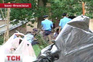 В Ивано-Франковске нашли двух мертвых младенцев на мусорнике