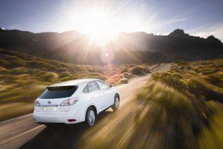 Lexus RX 450h 2010 року за ціною 71 000 євро