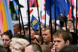 Янукович не подпишет закон о свободных митингах