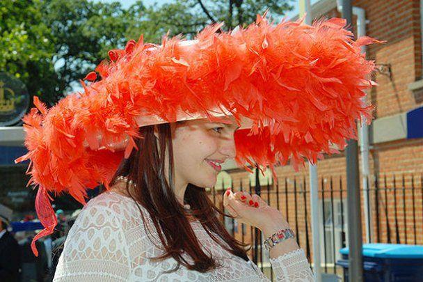 Сумасшедшие шляпки британских леди