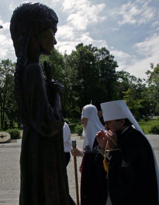 В Україні почали вшановувати жертв Голодомору