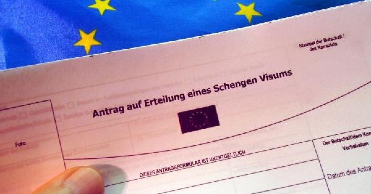Visa to work in Carrara