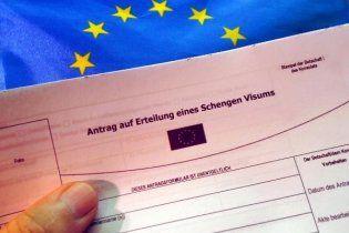 Страны ЕС ужесточили требования для выдачи виз украинцам
