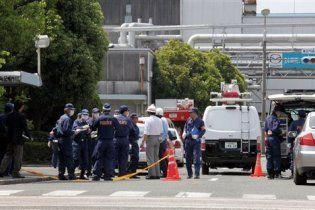 Звільнений японець протаранив 11 людей на заводі Mazda