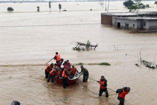 У Китаї в результаті зсуву під завалами опинилися 150 людей