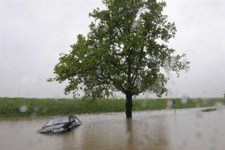 На Тернопільщині через підйом води відселяють людей