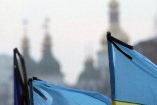 В Мелитополе на День независимости вывесят флаги с траурными лентами