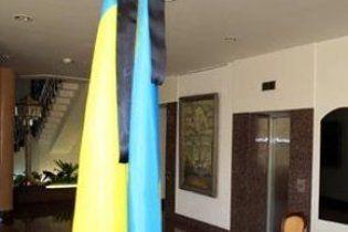 У Львові на День Перемоги вивішуватимуть скорботні прапори